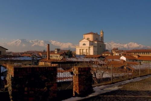 Romano Canavese - La chiesa del Papa