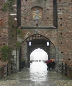 Una porta d'ingresso del castello sforzesco