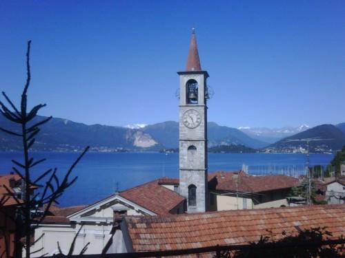 Laveno-Mombello - Il lago dalla chiesa di San Filippo e Giacomo