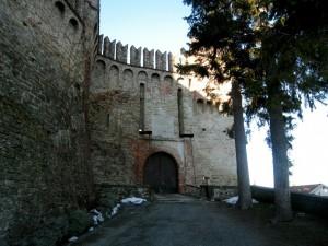 ingesso al castello