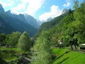 Le Dolomiti di Brenta viste da Molveno