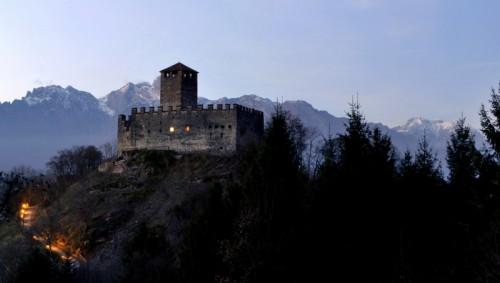 Mel - Le prime luci della sera al castello di Zumelle
