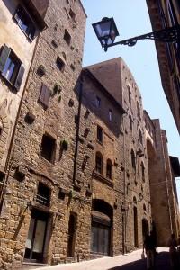 le Case-torri di Volterra