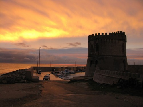 Morciano di Leuca - tramonto su torre vado