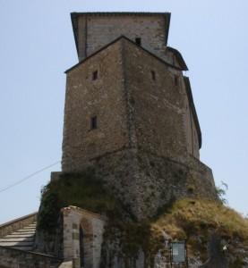 Concorso fotografico 2009 castelli e fortificazioni for Castello di frontone