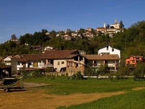 Panorama di Mombasiglio con Castello!