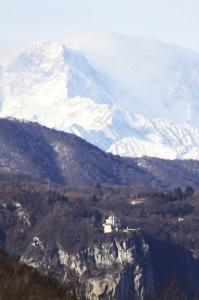 Madonna del sasso e Monte Rosa visti da Bolzano Novarese