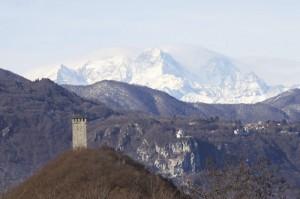 Torre del Buccione, Madonna del Sasso e Monte Rosa.