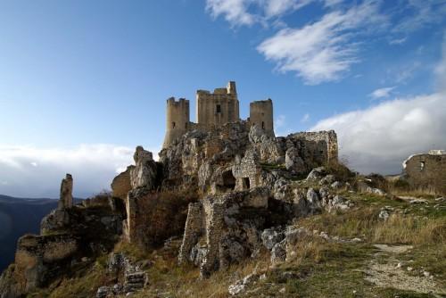 Calascio - La rocca e le sue rovine