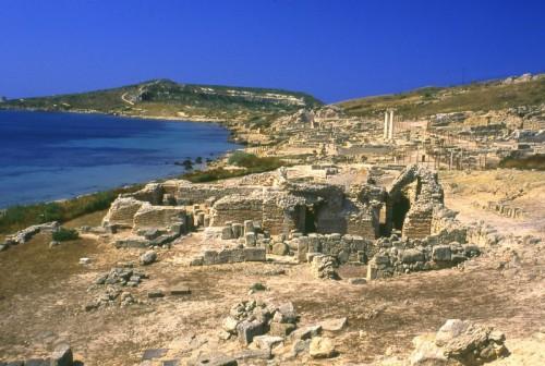 Cabras - Panorama della città romana Tharros.