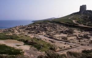 Panorama di Tharros e la sua torre.
