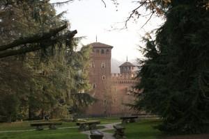 La Rocca del Castello Medioevale fra gli alberi del Parco del Valentino