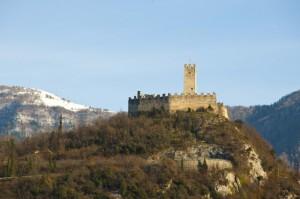 Castel Drena e la prima spruzzatina di neve