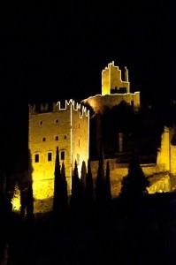 La rocca di Arco in notturna