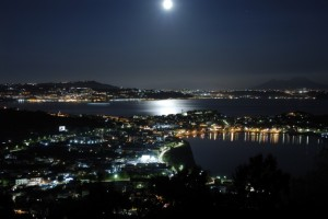 Bacoli di notte