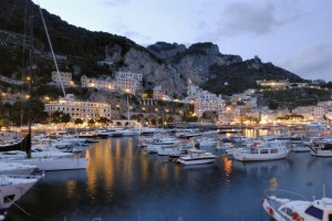 e giunsi ad Amalfi