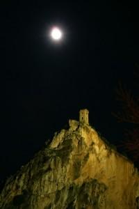 la luna sulla torre