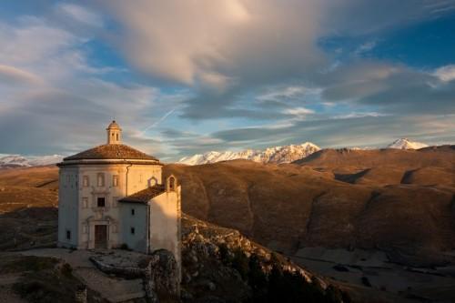 Calascio - La prima neve all'orizzonte