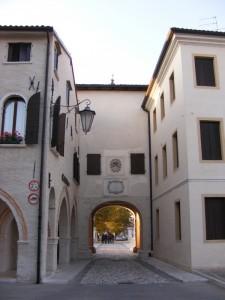 Porta Friuli dall'interno