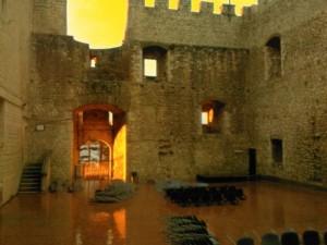 Giornata piovosa all'interno del castello