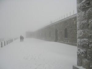 Monte Rite - fortificazione sfumata dalla nebbia