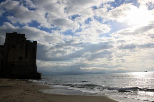 Follonica - la torre...e il mare