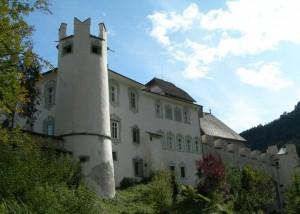 Castello di Chienes