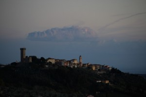 Nuvola sopra Castelnuovo