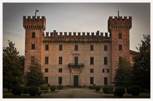 castello di  cislago     facciata  principale