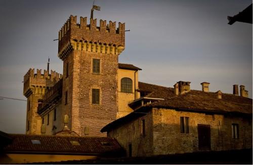 Cislago - le torri del  castello