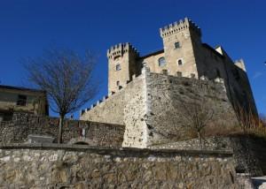 Le mura fortificate e il castello