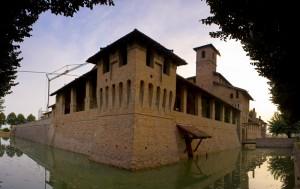 Gran vista del castello di Pagazzano