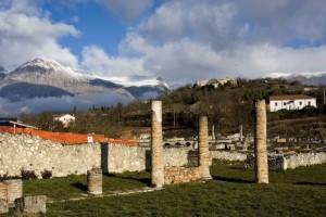 "Panorama "" Alba Fucens dagli Scavi """