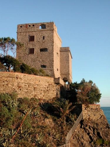 Monterosso al Mare - Torre Aurora al tramonto