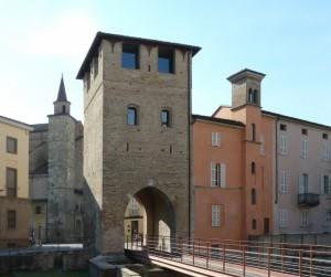 La Porta Viscontea di San Donnino (1364)