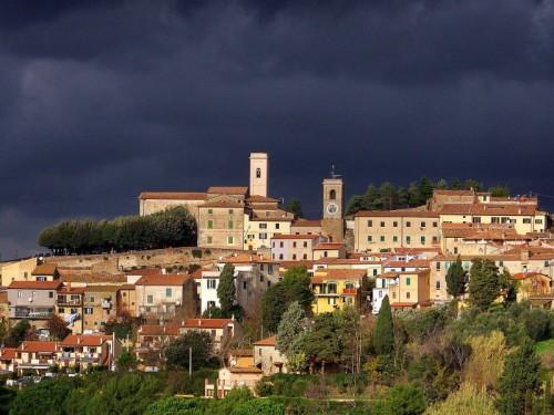 Montescudaio - Montescudaio in attesa del diluvio...