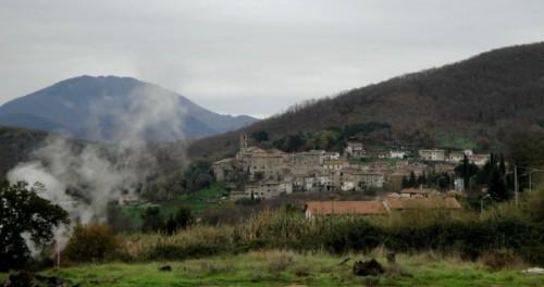 Castelnuovo di Val di Cecina - nella valle del diavolo