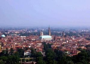 i tetti rossi di Vicenza