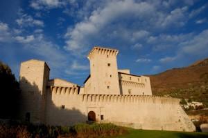 Rocca Flea    ( giochi di nuvole)