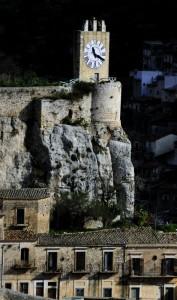 Modica, Torre dell'orologio