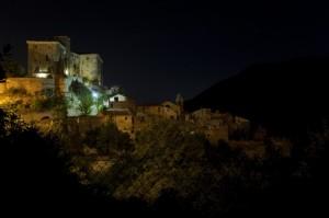 notte sul borgo fantasma