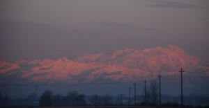 Le Alpi piemontesi all'alba