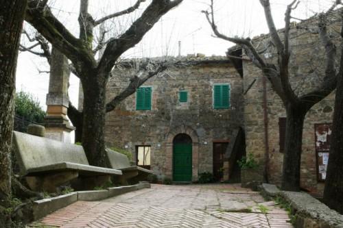 San Quirico d'Orcia - La Casa degli Spiriti