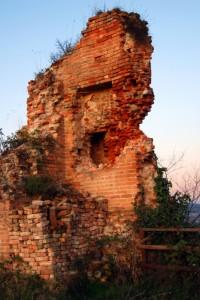 Il castello semidistrutto