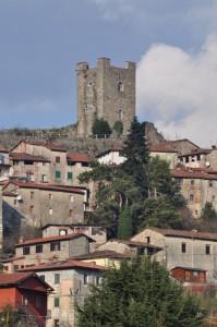 la torre sorveglia il paese