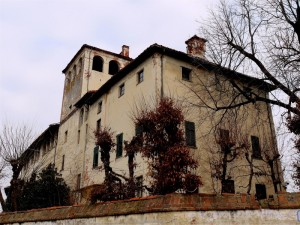 Il castello dei Cambiano di Ruffia…….