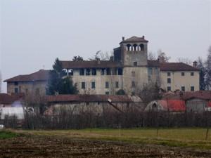Il castello ed il suo borgo…….