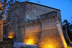 Rocca di Dozza al tramonto