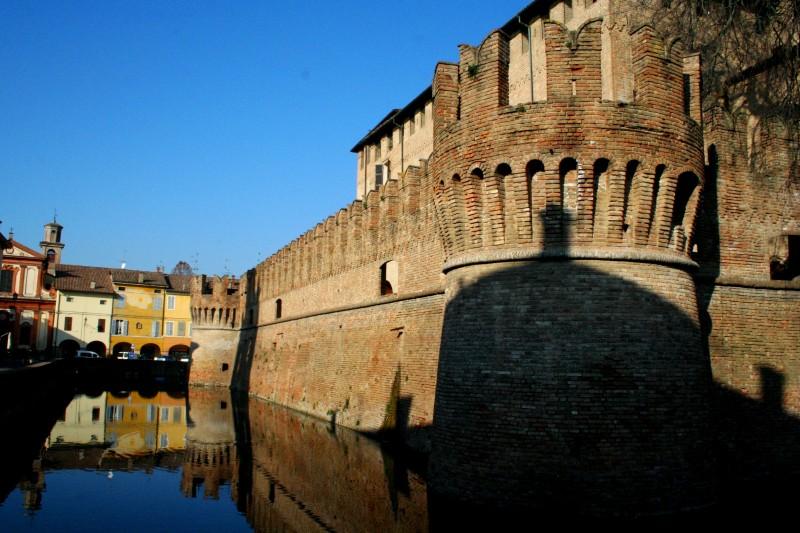 ''Specchiarsi nel fossato'' - Fontanellato