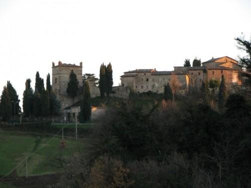 Castello di Serravalle - serravalle da lontano